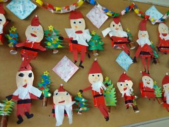 サンタの飾りを作って待ってたよ!
